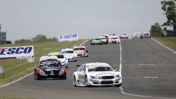 La Top Race iniciará esta tarde la actividad oficial de la última fecha que se correrá el domingo en Salta.