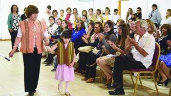 La muestra anual de la Escuela 652 se realizó el miércoles en el predio de la Sociedad Rural donde se exhibieron los trabajos elaborados por los alumnos durante el año. Incluyó un desfile de indumentaria.