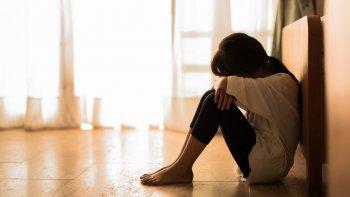 denunciaron que su padrastro aprovecho la ausencia de su madre y abuso de ellas