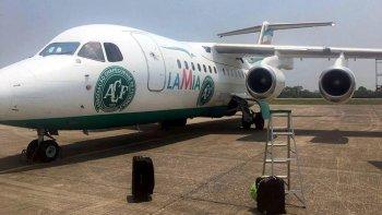 el avion de lamia habia forzado la reserva de combustible en 8 vuelos