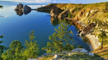 En el planeta no existe otro lago más profundo que el Baikal.