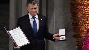 Oslo, Noruega: Santos recibió el premio Nobel de la Paz.