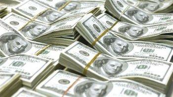 el dolar por primera vez supera los $18