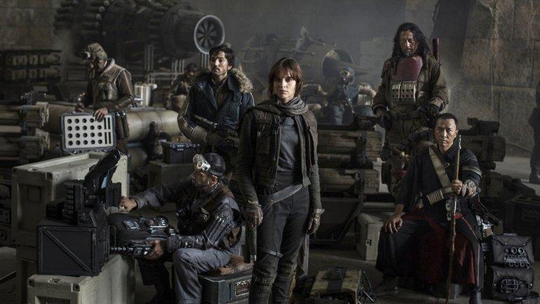 Felicity Jones es la protagonista principal de Rogue One una historia de Star Wars