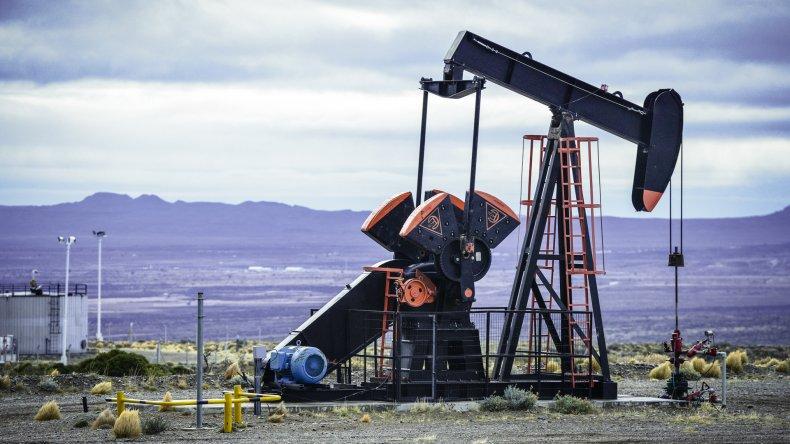 Factores que explican la caída de la producción de petróleo