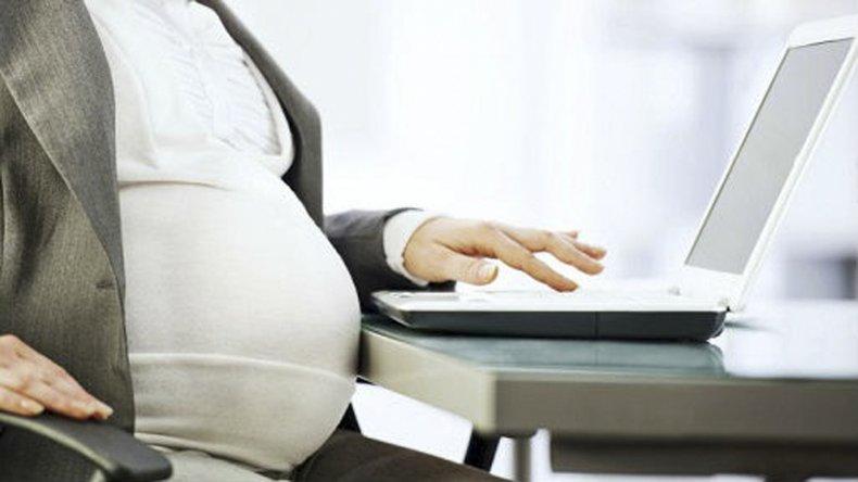 El Gobierno prioriza la productividad a las licencias por maternidad.