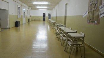 un bajo acatamiento al paro nacional docente en chubut