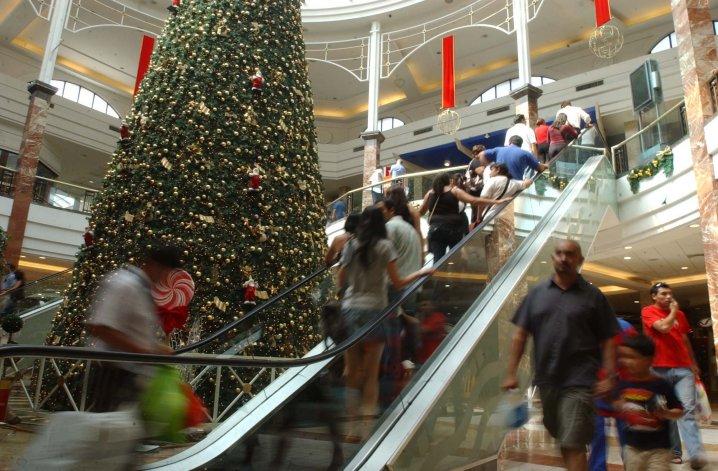 Las ventas navideñas minoristas cayeron 2,1%