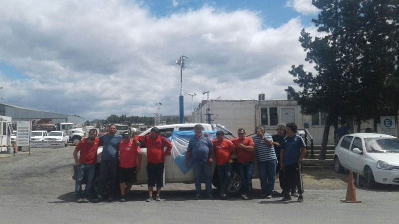 Petroleros de SP tomaron la base en el barrio Industrial