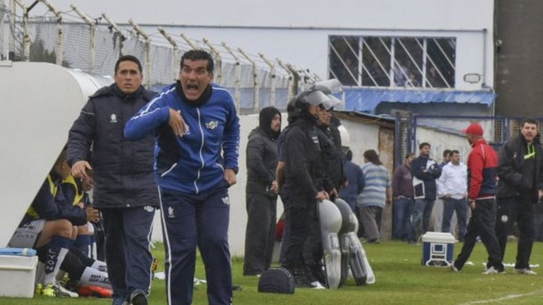 Murúa continúa en el Lobo: pesó la gente y los jugadores