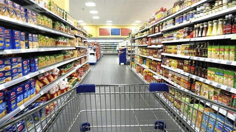 """En el sector supermercadista son más cautos y esperan que la medida se """"vaya acomodando en los próximos meses."""