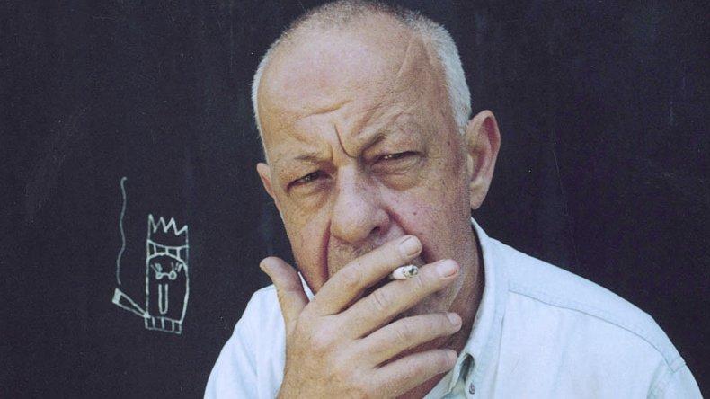 El escritor y revisionista Andrés Rivera en su obra rescató a figuras como Rosas y Castelli.
