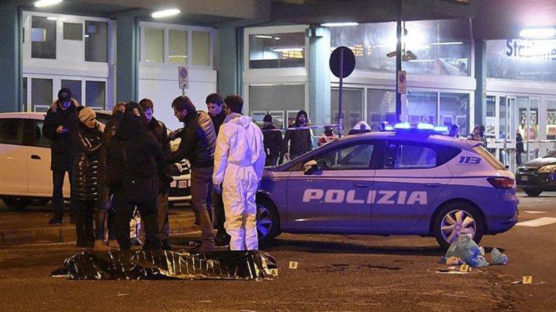 La policía italiana ultimó al sospechoso del atentado en Berlín durante un control policial de rutina. Anis Amri al querer ser identificado sacó un armo y se produjo un tiroteo.