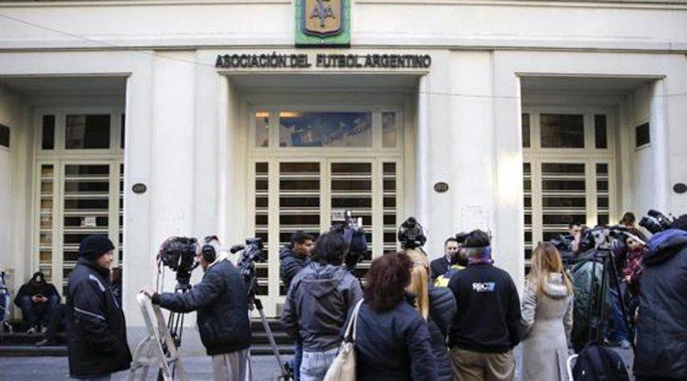 La AFA no pudo superar la crisis y asumió una comisión normalizadora.