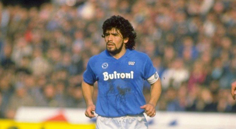 Maradona irá a Nápoles para celebrar los 30 años del primer Scudetto