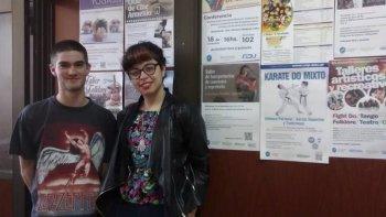 Martina González, que cursa el 1º año de la carrera, y Fernando Blasetti, que está en 4º año de la licenciatura asistieron al Festival Internacional de Cine de Mar del Plata.