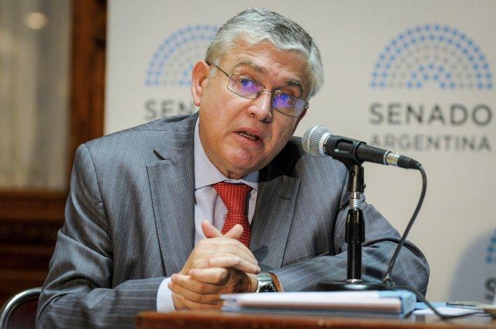 Mario País cuestionó el veto a una de las leyes laborales que él había impulsado en el Senado.