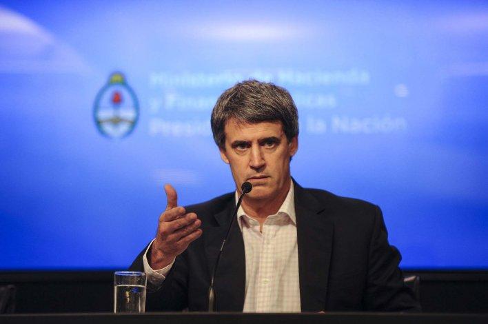 Alfonso Prat-Gay en su última conferencia de prensa en Hacienda.