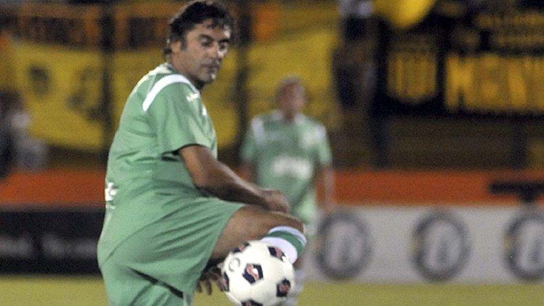 Enzo Francescoli volverá calzarse los cortos el 5 de enero