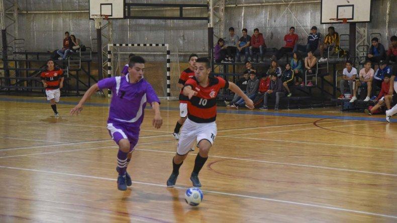 El futsal promocional continúa con su etapa de definiciones.