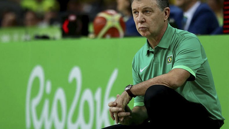 Rubén Magnano viene de dirigir a la selección de Brasil.