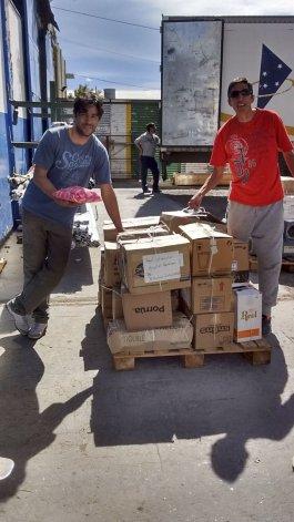 La Universidad Nacional de la Patagonia San Juan Bosco donó 300 kilos de papel al Hospital Garrahan.
