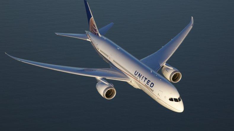 Un avión viajó en el tiempo y volvió al 2016