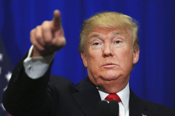 Trump se cruzó con General Motors y doblegó a Ford