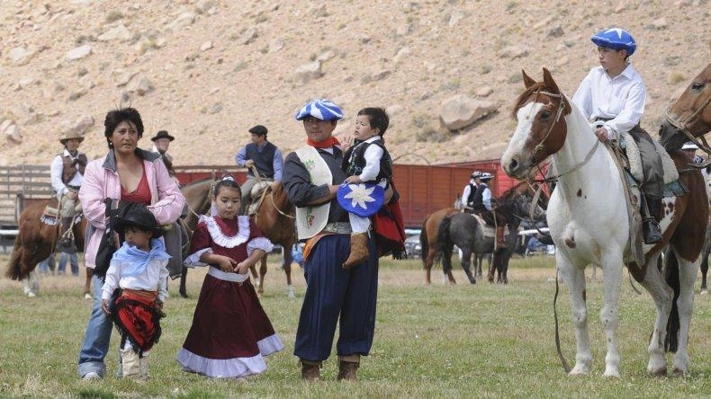 Tres fiestas populares se desarrollarán durante el fin de semana en el suroeste de Chubut.