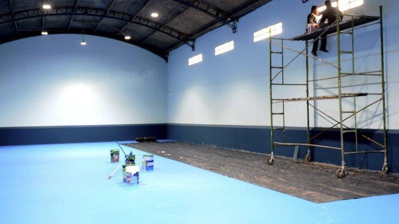 A fines de este mes se reinaugura el gimnasio del barrio Juan XXIII