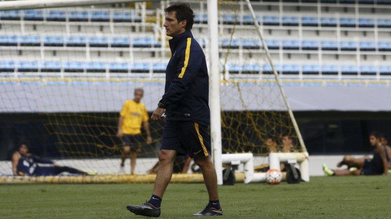 Guillermo Barros Schelotto retorna al trabajo a la espera que se disipen todas las dudas.