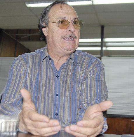 José Gaspar reconoce que quedó como un estúpido con la normativa de la pirotecnia.