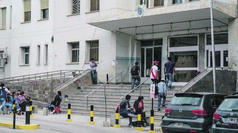 El director del Hospital aseguró que hoy el personal de seguridad privada retoma sus funciones.