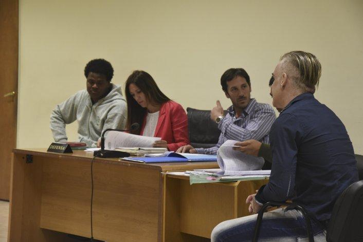 Juan Carlos Cuellar Gamboa y César Alejandro Hernández en la audiencia judicial de ayer.