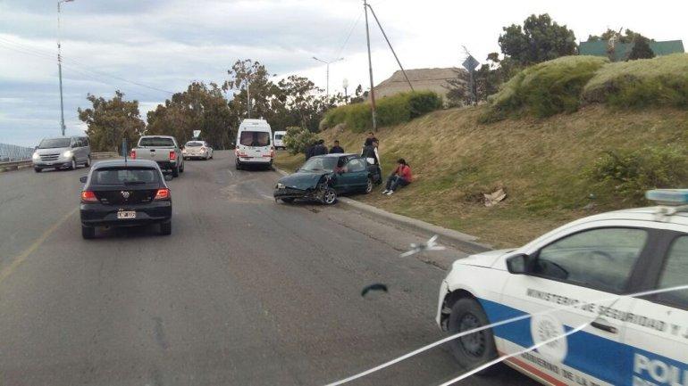 Accidente sin heridos en la curva del Chalet Huergo