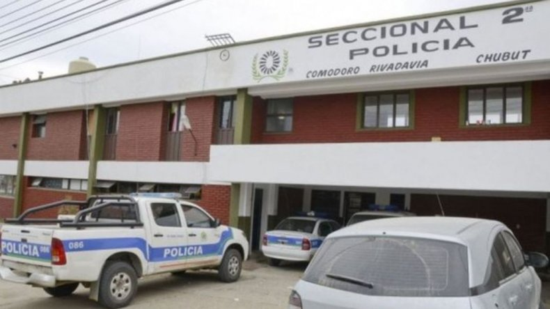 Hubo dos detenidos en locales nocturnos por disturbios