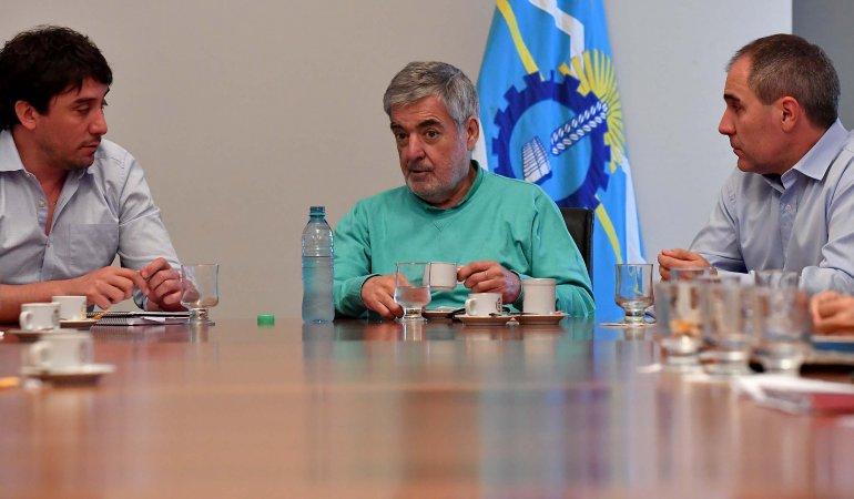 Das Neves presidió una reunión con operadoras petroleras