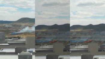 incendio de pastizales detras del predio ferial
