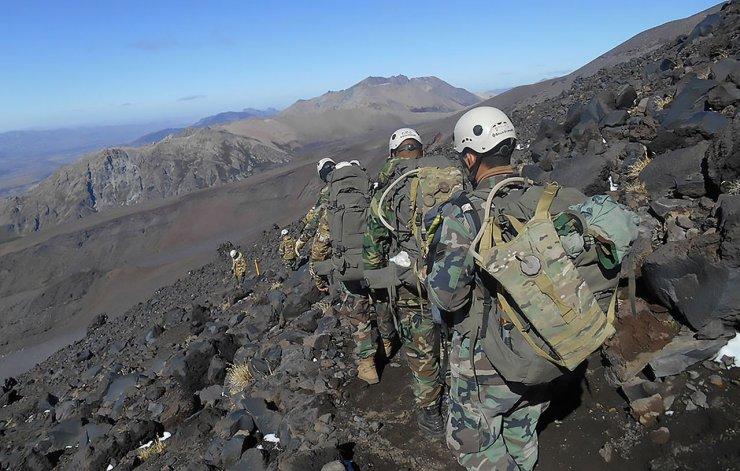Accidente en el volcán Lanín: un militar murió y otro se encuentra grave