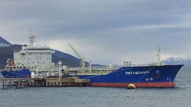 La oficial hallada muerta en un buque habría sufrido asfixia por ahorcamiento