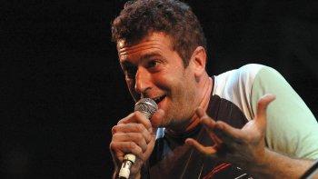 Palo Pandolfo vuelve a Comodoro. Será mañana, para presentar su último disco junto a La Hermandad.