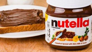 advierten que la crema nutella cuenta con ingredientes cancerigenos