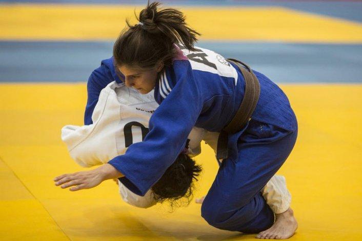 La judoca comodorense Gimena Laffeuillade se prepara para realizar una gira por Europa con la selección argentina.