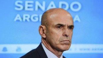 A Gustavo Arribas lo denuncian de haber cobrado un soborno de 600 mil dólares.
