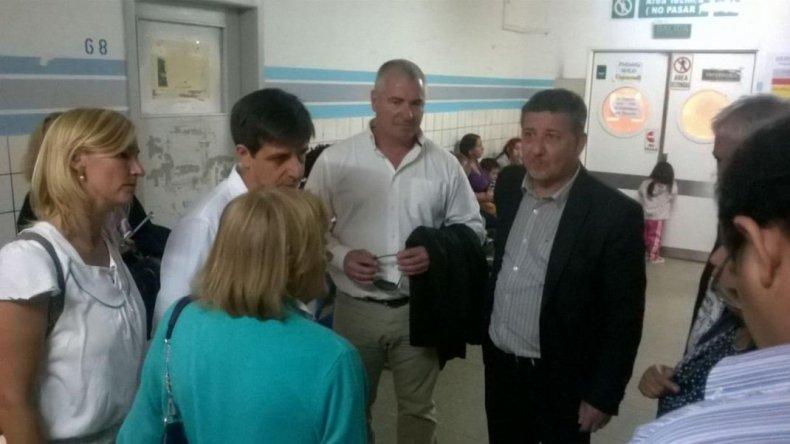 Pagani y funcionarios del Ministerio  de Salud visitaron el Hospital Regional