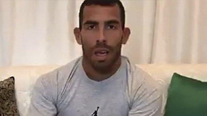 Carlos Tevez insistió en que las presiones sufridas en Boca fueron las que precipitaron su alejamiento.