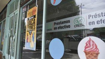 A menos de tres días del asalto a la financiera del Centro, ayer un delincuente asaltó una sucursal prestamista de la avenida Rivadavia al 2000 en La Loma.