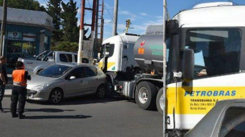 Camionero distraído provocó un accidente