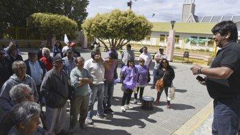 Los trabajadores de Guilford esperan hoy la respuesta del ministro Triaca a su pedido de extender la ayuda económica un tiempo más.