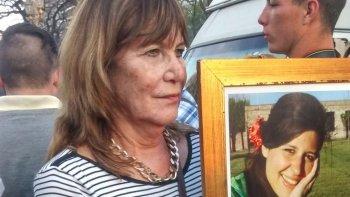 La madre de María Cash no pierde la esperanza de encontrar a su hija.